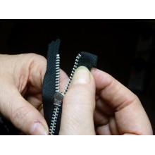 Curso de Operaciones de reparación de prendas de vestir y ropa de hogar a distancia