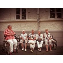 Curso de Cuidados auxiliares de enfermería en residencias de personas mayores a distancia