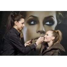 Curso de Maquillaje de día a distancia con prácticas