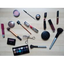 Curso de Cosméticos y equipos para los cuidados estéticos de higiene, depilación y maquillaje para certificado